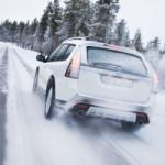 Ce trebuie sa stie soferii despre condusul pe timp de iarna
